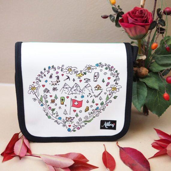 Handtaschendeckel klein Schweizer Kollektion - Herz