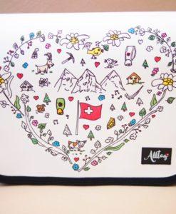 Alltagtasche-Schweizer-Kollektion-Handmade-Handtasche-Herz-mittel