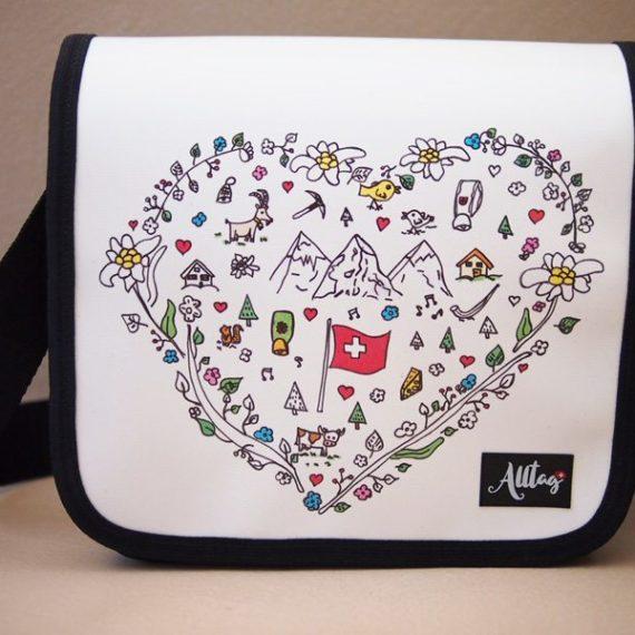 Handtaschendeckel mittel Schweizer Kollektion - Herz
