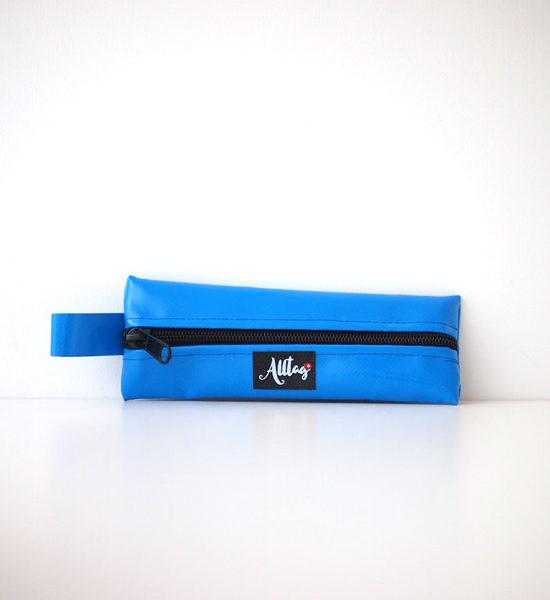 Alltagtasche-Le-Petit-hellblau